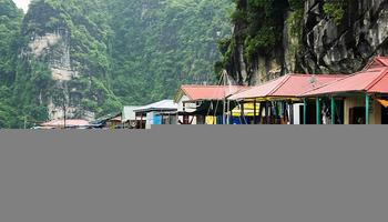Làng chài Ba Hang thành phố Hạ Long